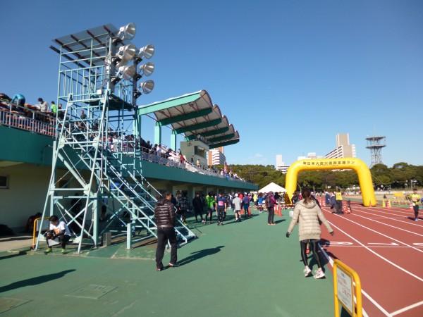 品川・大井スポーツの森大会 競技場スタンド側の画像