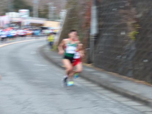 第50回 青梅マラソン 川内優輝選手、18km過ぎ